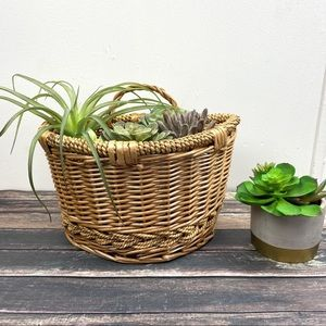 Vintage Woven Braided Wicker Wall Hanging Basket
